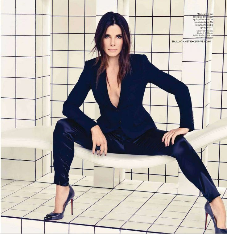 Сандра Буллок фото раздвинутые ноги Sandra Bullock photo legs spread
