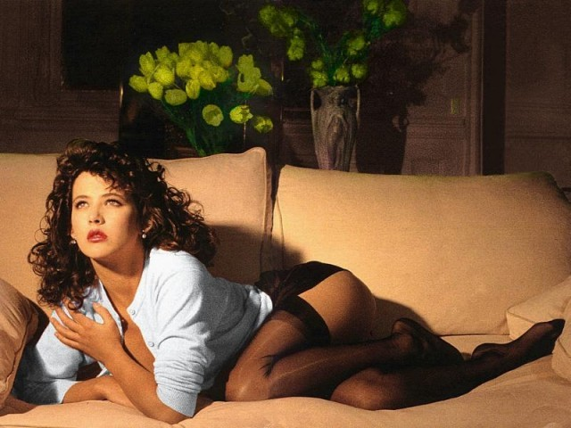 Софи Марсо фото чулки попа Sophie Marceau photo stockings ass