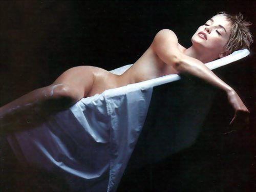 Шэрон Стоун фото в ванной Sharon Stone photo taking bath