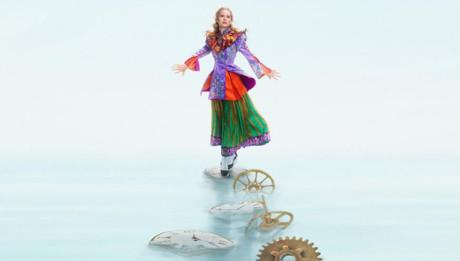Трейлер Алиса в Зазеркалье (Alice Through the Looking Glass)