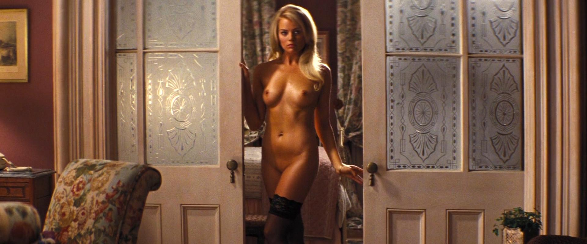 Margot Robbie Naked