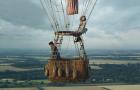 Эдди Редмейн и Фелисити Джонс покоряют небеса в новом трейлере «Аэронавтов»