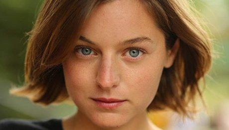 Эмма Коррин актриса