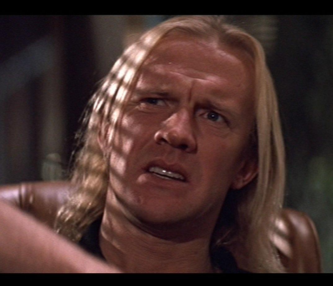 Крепкий орешек (Die Hard) 1988 террорист Карл