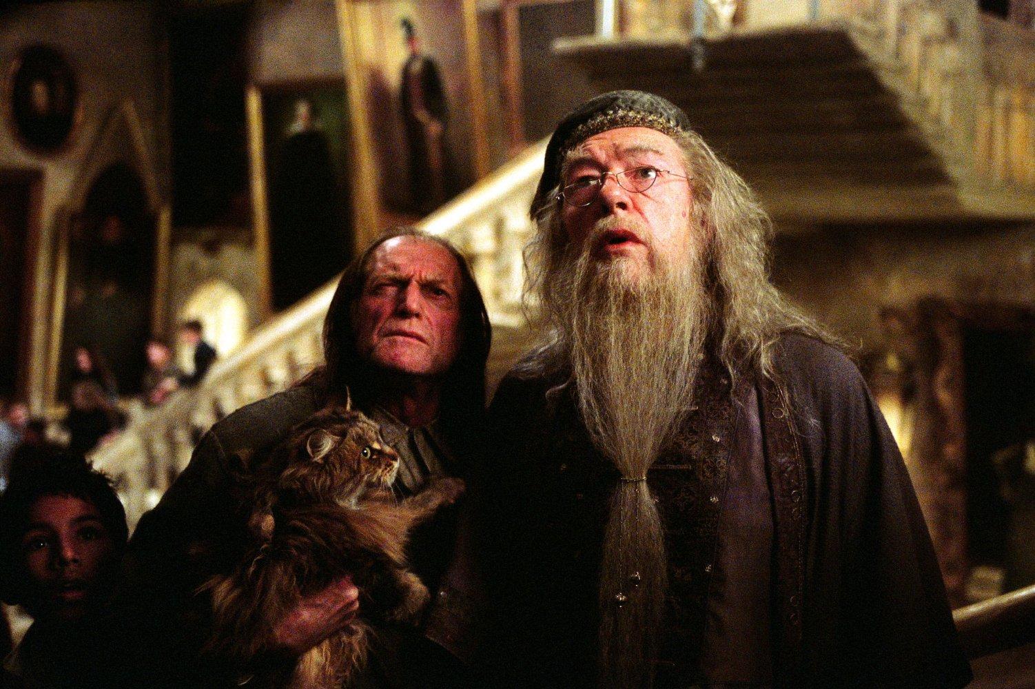 Гарри Поттер и узник Азкабана (Harry Potter and the Prisoner of Azkaban, 2004, IMDb 7.9)