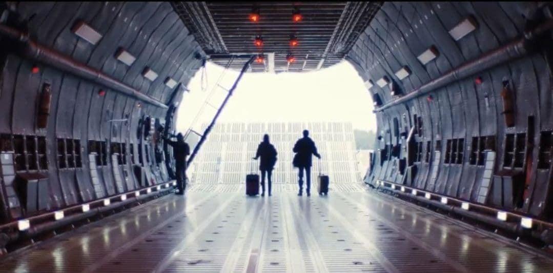 Леонардо Ди Каприо и Дженнифер Лоуренс на новых кадрах фильма «Не смотри вверх» Адама Маккея