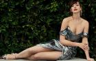 Энн Хэтэуэй снялась в элегантной фотосессии для своего нового фильма