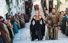 Почему современные люди обожают сериалы: 4 причины