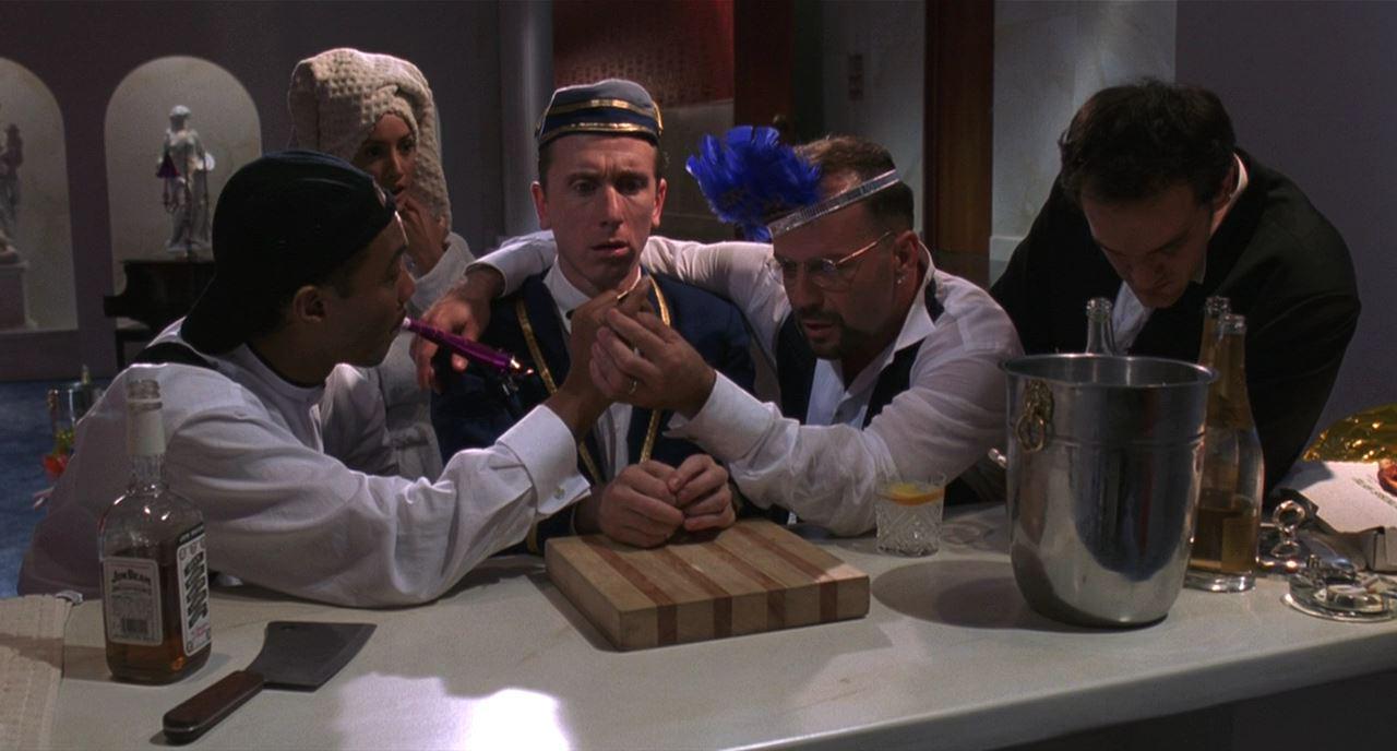 Четыре комнаты (Four Rooms)1995 сегмент Человек из Голливуда (The Man from Hollywood)