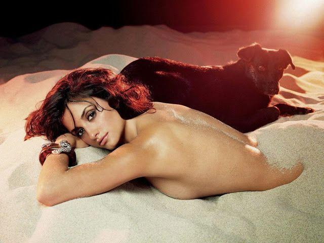 penelope cruz photo nude Пенелопа Крус фото голая в песке