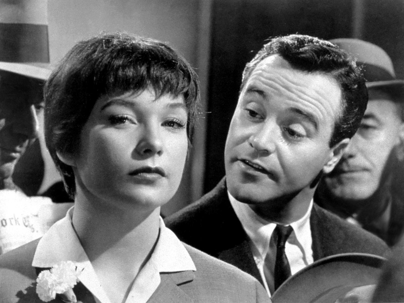 Top 250 фильмов IMDb Квартира (The Apartment) (1960)