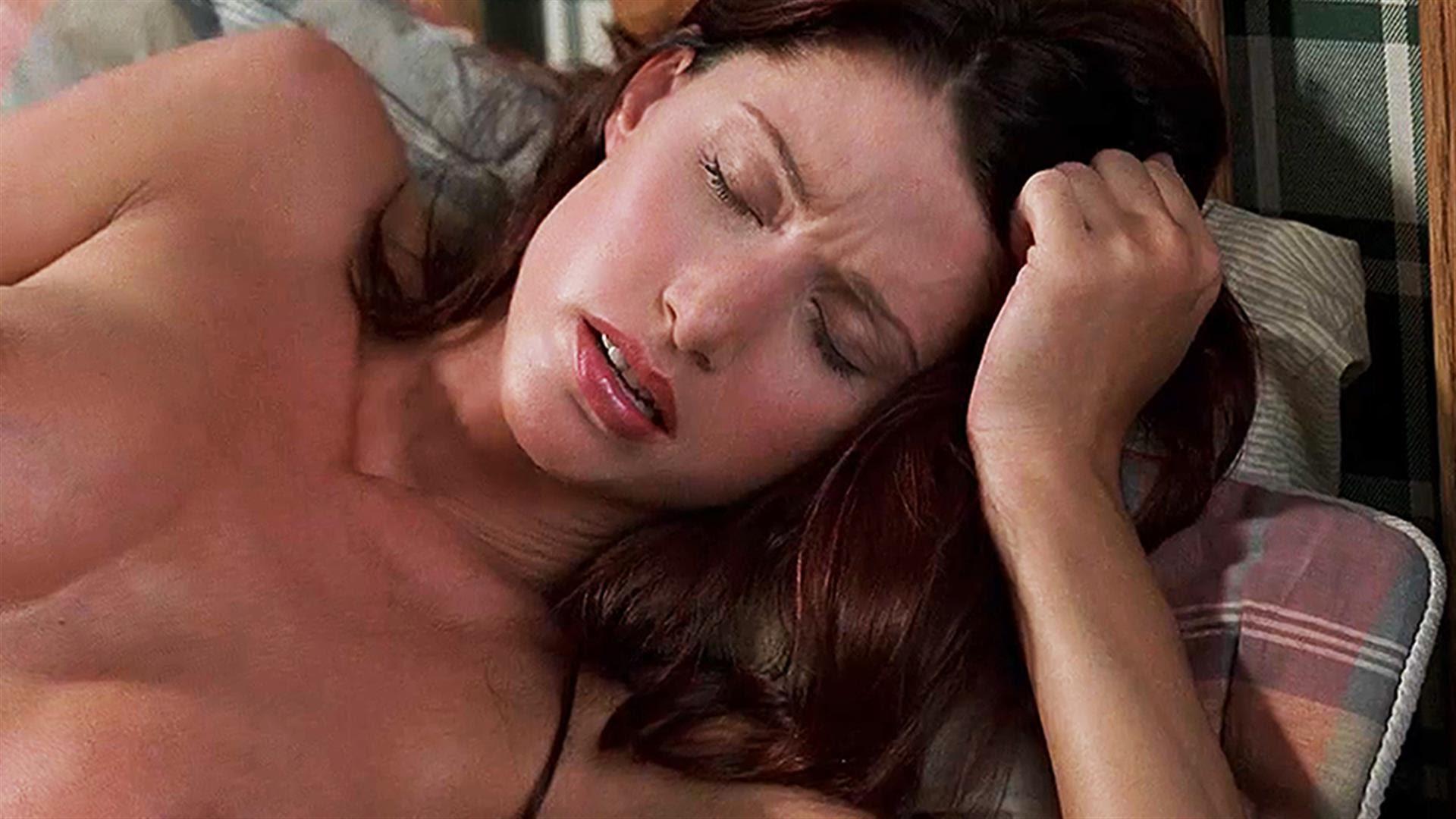 Самые обсуждаемые обнаженные сцены в кино Шэннон Элизабет, Американский пирог