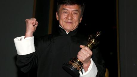 Джеки Чан получил почетный Оскар