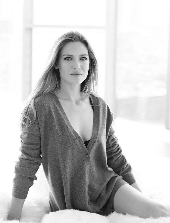 Анна Торв