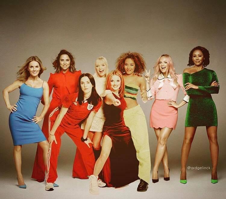 Актеры и музыканты встречают сами себя в молодости Spice Girls