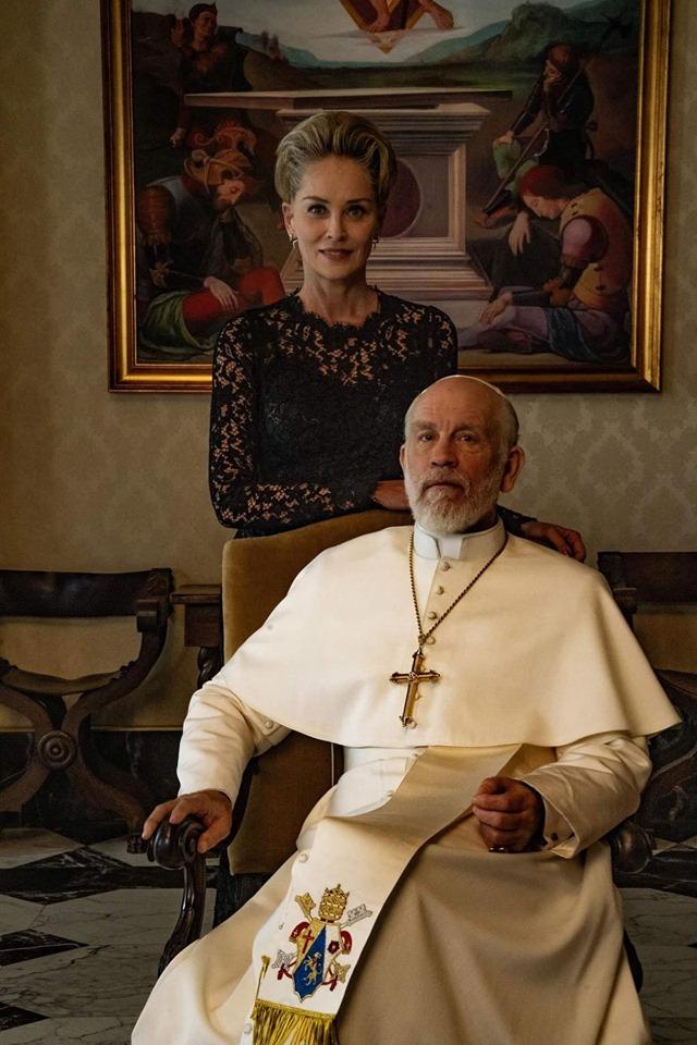 """Шэрон Стоун и Мэрилин Мэнсон снялись в продолжении """"Молодого Папы"""""""