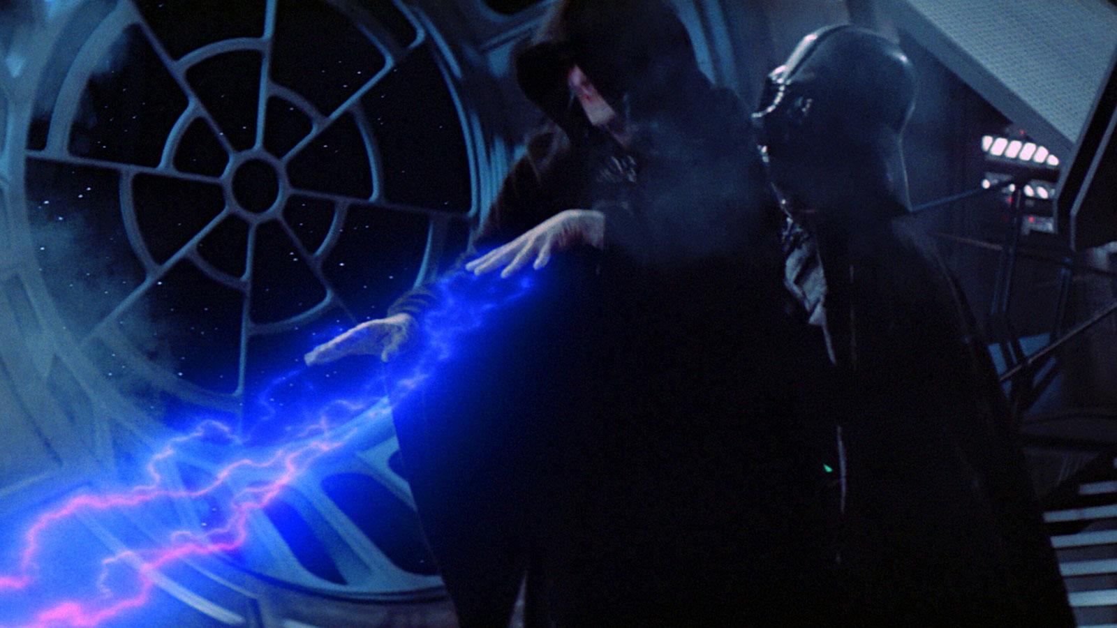 Вейдер убивает Императора