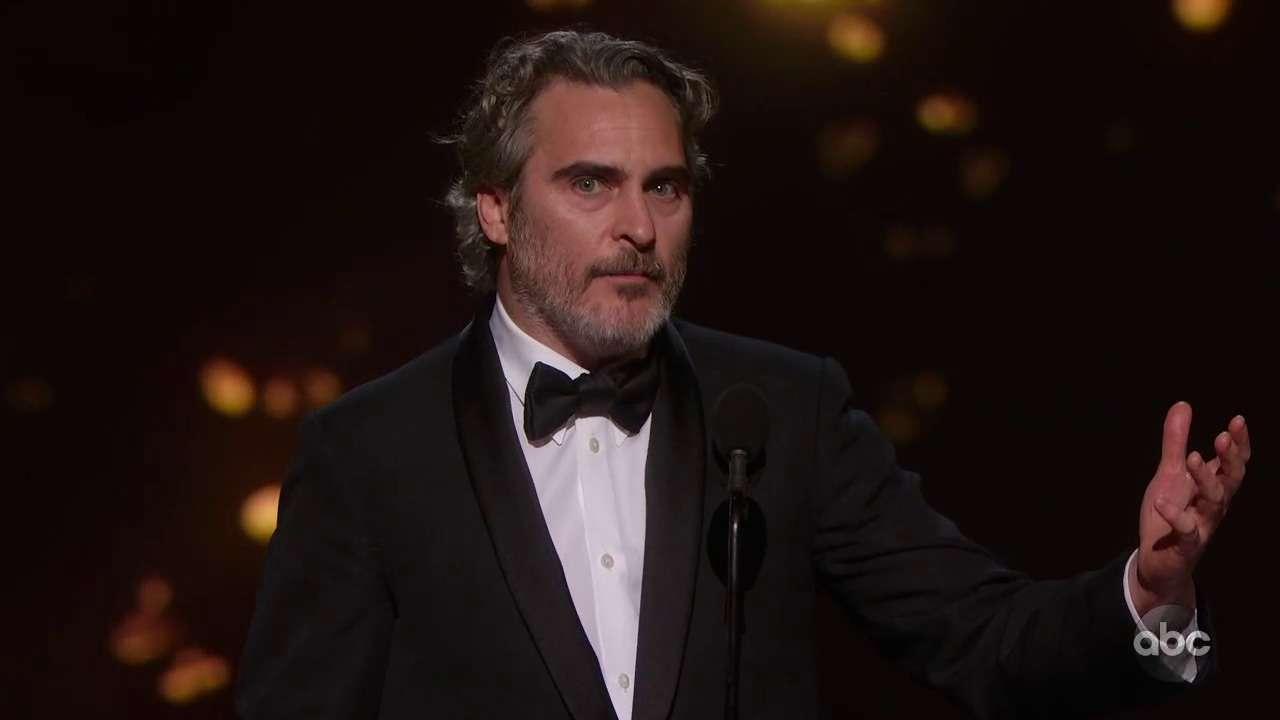 Хоакин Феникс получил Оскар за лучшую мужскую роль