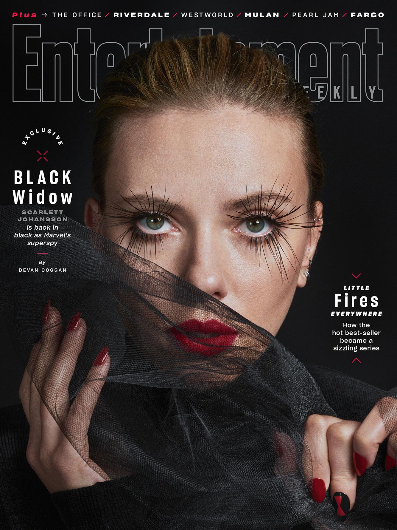 Скарлетт Йоханссон снялась в элегантной фотосессии в роли Черной Вдовы обложка