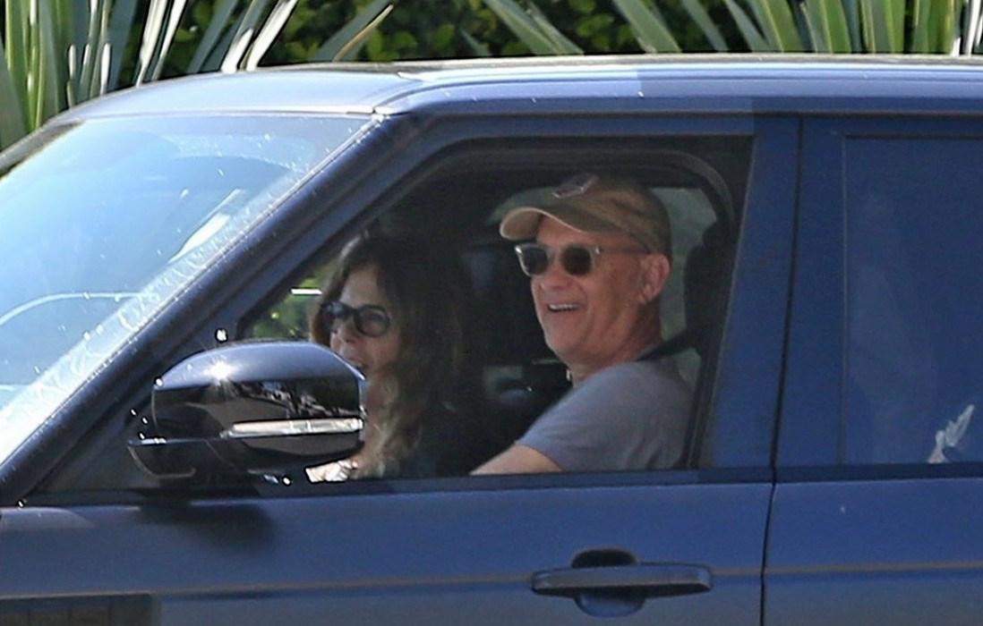 Том Хэнкс и Рита Уилсон вернулись в Лос-Анджелес через две недели после диагноза коронавирус