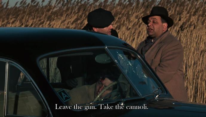 Брось пистолет, возьми канноли Ричард Кастеллано Крестный отец