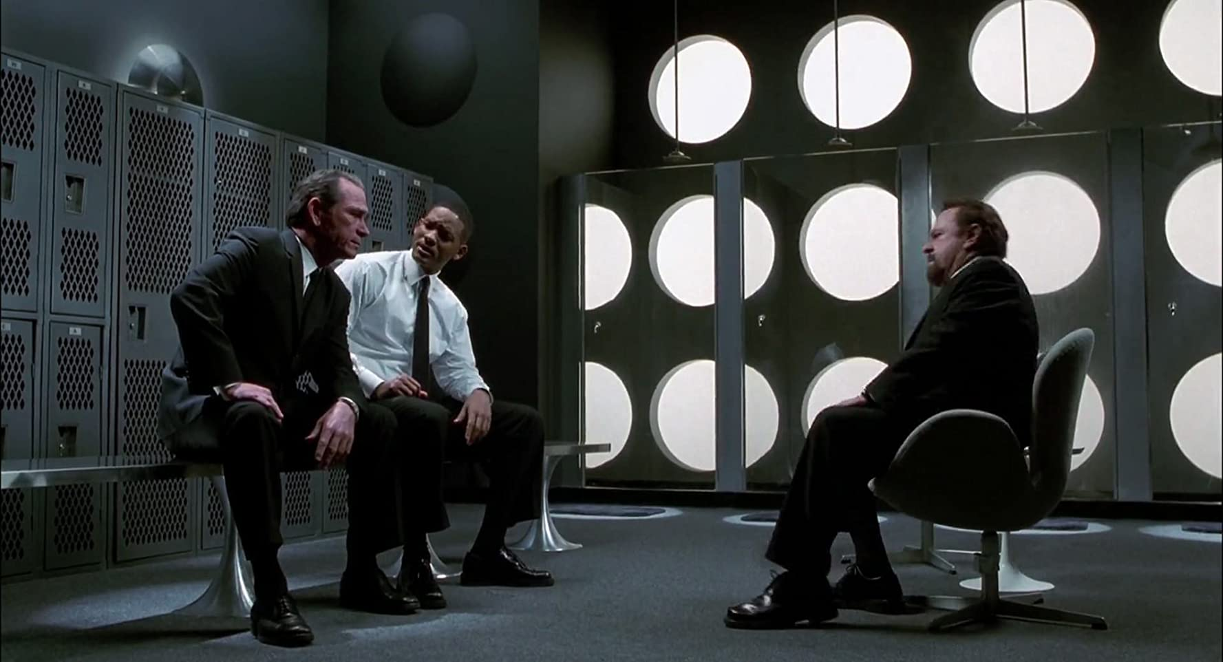 Люди в чёрном 2 (Men in Black II)2002