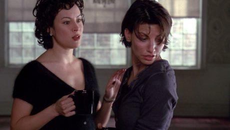 Дженнифер Тилли и Джина Гершон- Связь (Bound) 1996